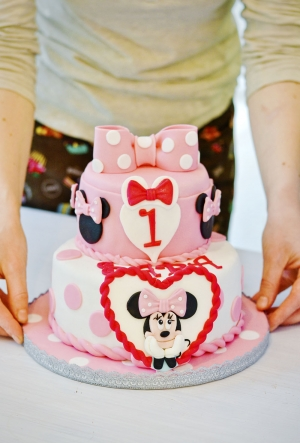 Torta compleanno pasta di zucchero Minnie
