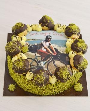 Torta di compleanno sant honorè al pistacchio